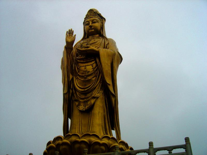 100 foot tall Guanyin statue on Putuoshan